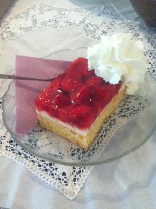 Kulinarisches im Fliederhof Stücken von Juliane Syring