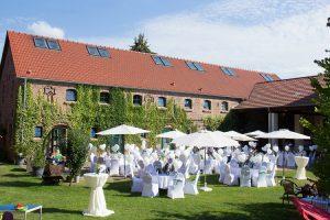 Fliederhof Syring in Stücken | Feiern auf dem Fliederhof